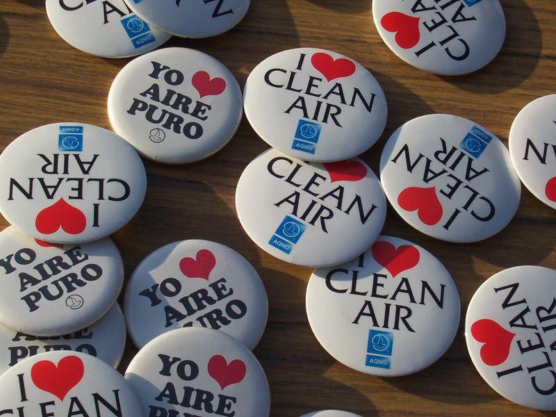 http://onemansblog.com/wp-content/uploads/2008/08/i-love-clean-air.jpg
