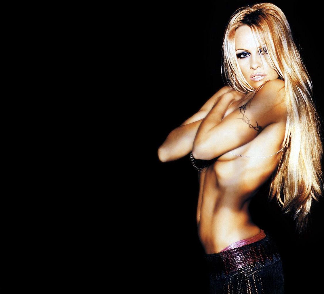 pamela anderson topless